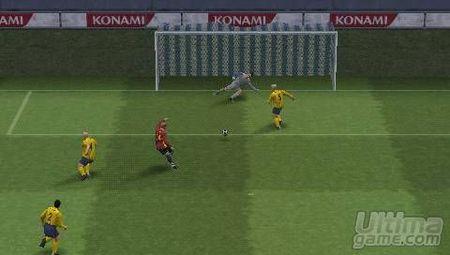 8 nuevas im�genes de la versi�n PlayStation Portable de Pro Evolution Soccer 5